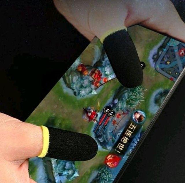 1 Par (2pçs) Luva de dedos / Gaming Finger Para jogos mobile PUBG / Free Fire