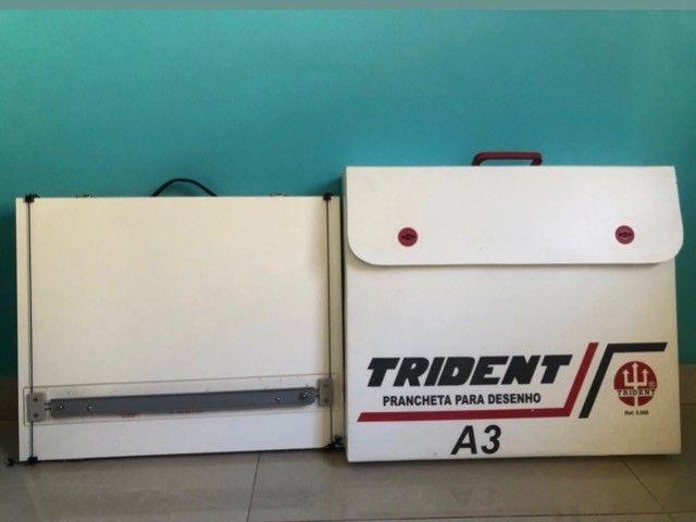 Prancheta/mesa de desenho Trident A3 (folha A2) super novinha  - Foto 4