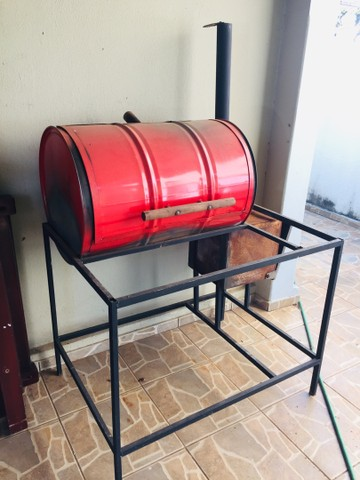 Churrasqueira, Pit smoker