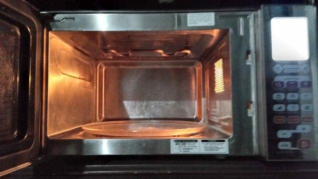 Micro ondas 30 litros Brastemp  - Foto 2