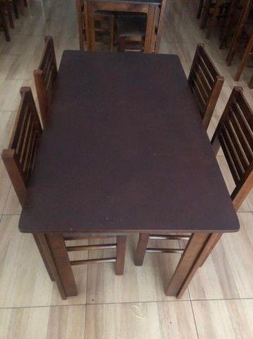 Mesa retangular com 4 cadeiras - Foto 3