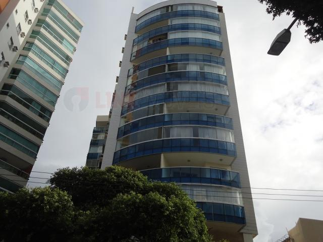 90 - Apartamento em Vitória