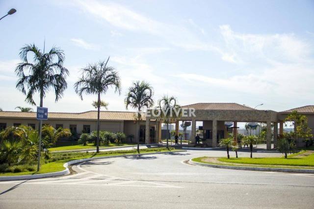 Terreno à venda, 916 m² por R$ 980.000
