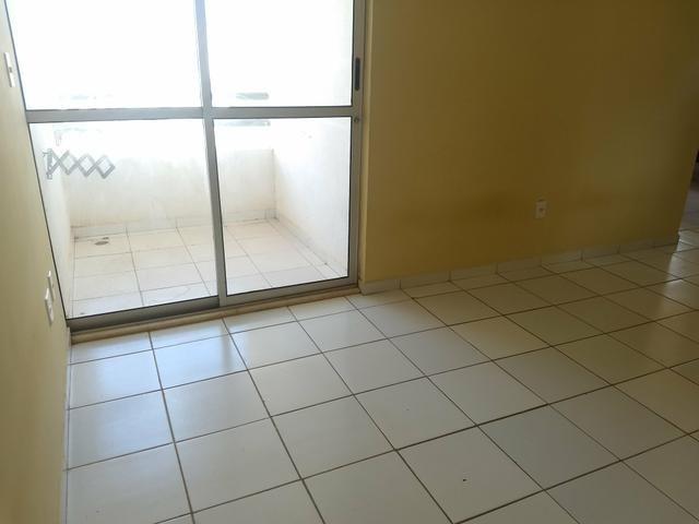 Alugo Guarujá com mobília na cozinha - Foto 6