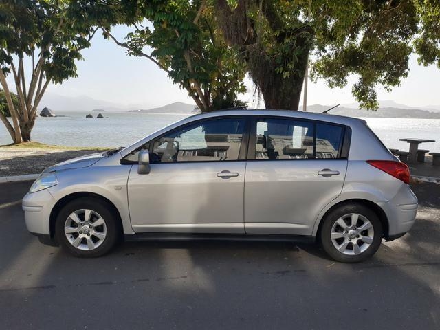 Nissan tiida 2008 automático com teto solar e GNV