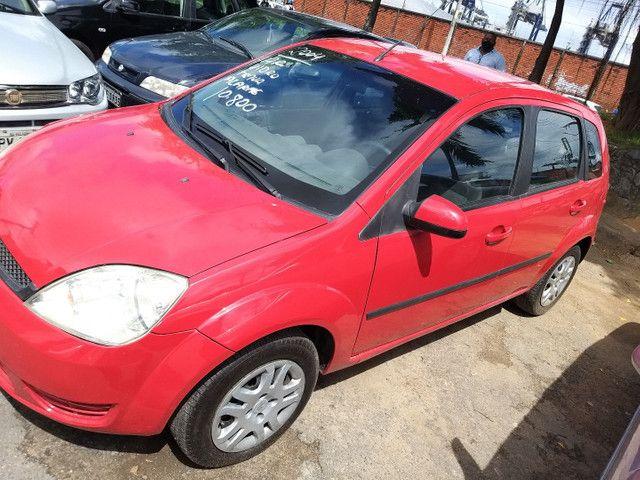 Fiesta 2004 R$ 10.800,00 AR *