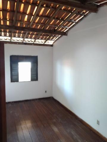 SU00060 - Casa tríplex com 05 quartos em Itapuã - Foto 9