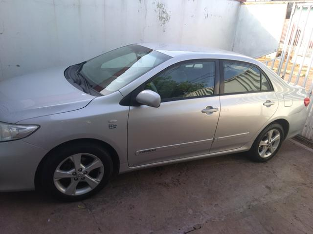 Corolla Gli 1.8 Prata Automático flex prata 2012 - Foto 2