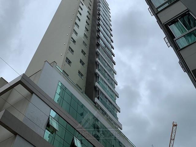 Apartamento Novo Mobiliado no Centro de Balneário Camboriú - Foto 2