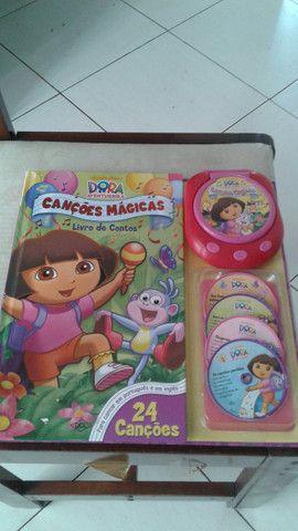 Brinquedo Dora a pilha novissimo vd/tr