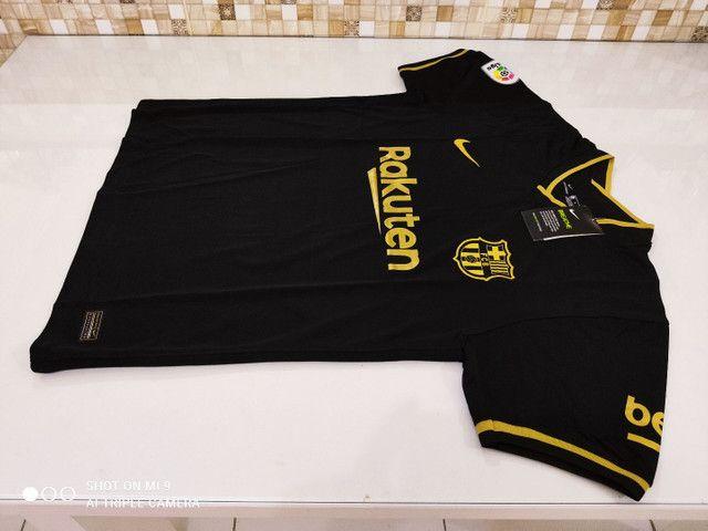 Camisa Barcelona Away Nike 20/21 - Tamanhos: P, M, G - Foto 5