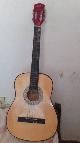 Vende se violão, por 80 reais(falta uma corda)