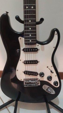 Guitarra Fender Stratocaster Americana  - Foto 2