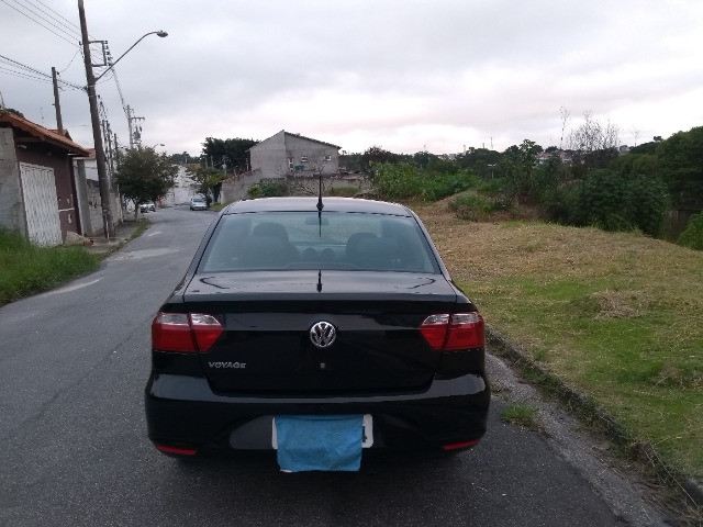 Volkswagen Voyage 1.0 MI 8V Completo - Foto 7