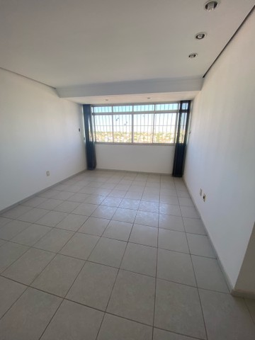 VENDE-SE apartamento no edificio IMPERIAL no bairro CENTRO - Foto 6