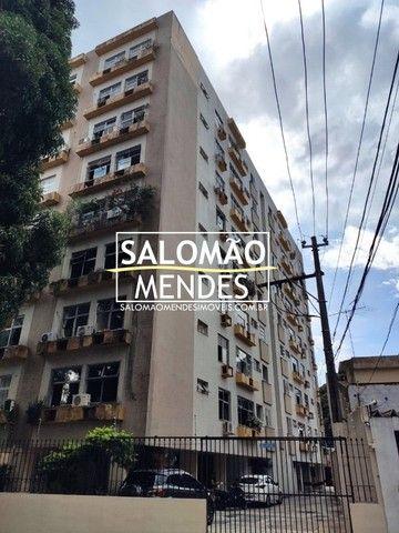 Apartamento na Rui Barbosa com 100 m², Andar Médio.