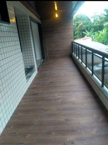 Colocação de Papel de parede e piso  laminado e vinílico  - Foto 2