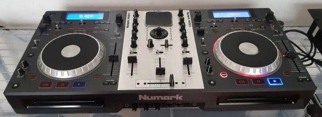 Controladora numark mixdeck,uma das mais completa de todas