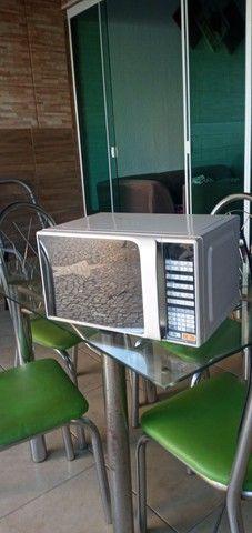 Vendo microondas usado