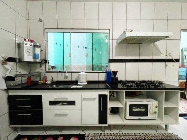 Linda Casa com 4 Quartos, Garagem Coberta em M Norte. - Foto 8