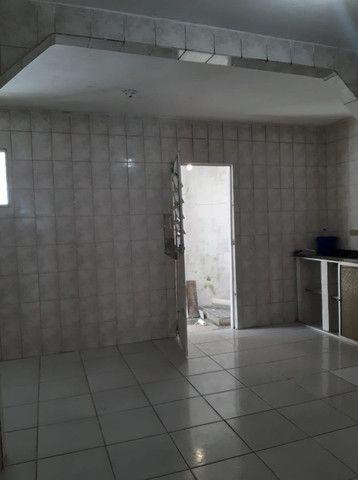 Belíssima Casa Espaçosa Com Cobertura 3 Vagas - Foto 9