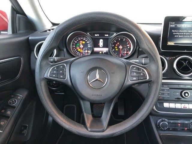 Mercedes Benz CLA 180 - Foto 8