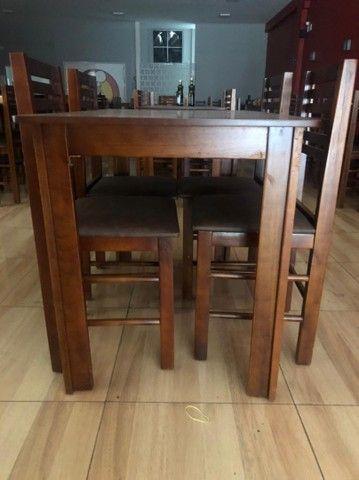 Mesa retangular com 4 cadeiras - Foto 2