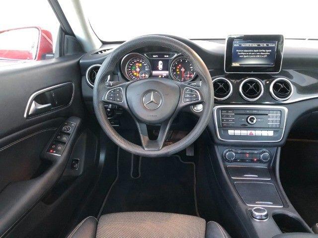 Mercedes Benz CLA 180 - Foto 9