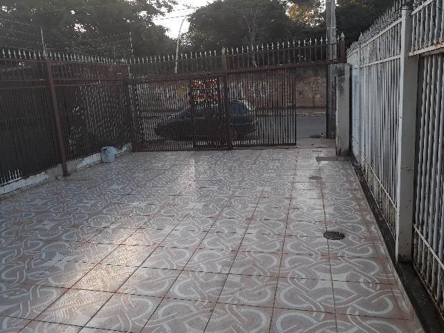 QNL Sobrado 4 kits mais casa de fundo renda de R$2.400 só 230mil aceita carro - Foto 6