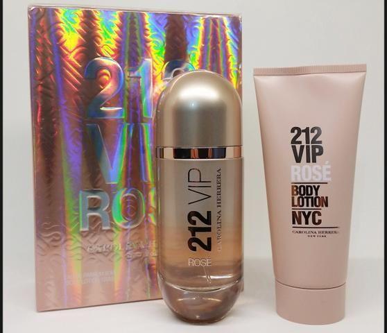 5 x R$: 83,80 Perfume Carolina Herrera Kit 212 VIP Rose - Foto 2