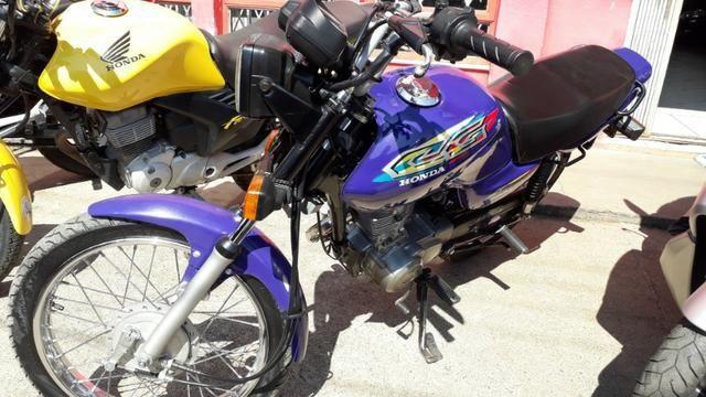 Moto cg 125 titan ano 1999 - toda original - Foto 2