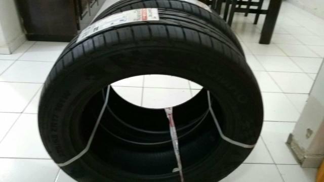2 pneus NOVOS - Foto 3