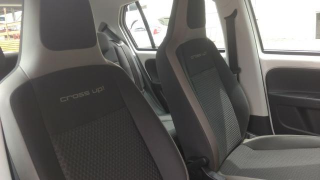 Volkwagen Up Cross TSi 2017 completo Única Dona - Foto 9