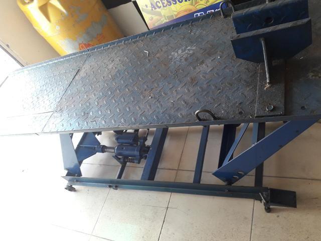 Elevador semi de moto penalmatico e hidráulico - Foto 2