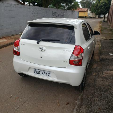 Toyota Etios 1.3 1.3 X 16V Flex 4P Manual - Foto 8