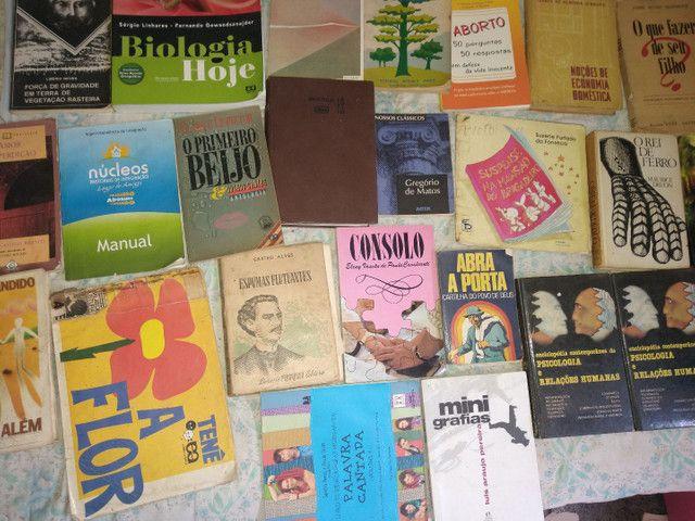 33 livros ...preço oportunidy imperd...  - Foto 5