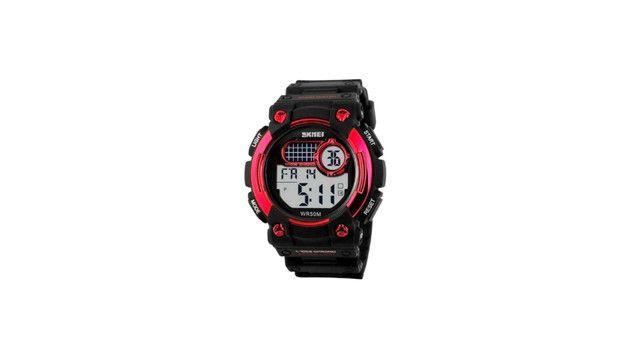 Relógio Skmei 1054 Preto e Vermelho Esportivo Original