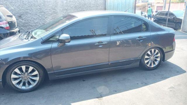 Vendo carro Honda Civic completo em ótimo estado 28.000 zap: * - Foto 2
