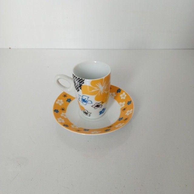 Conjunto 5 Xicaras 60ml De Porcelana Cafe Com Pires