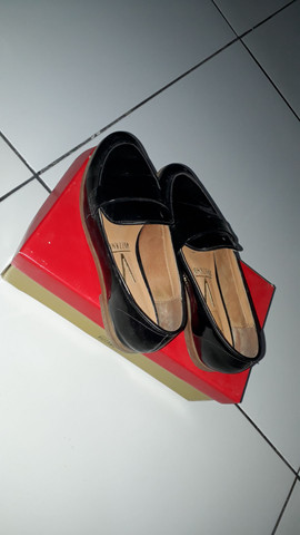 Sapato Verniz Cristal Brilho Preto - Foto 3