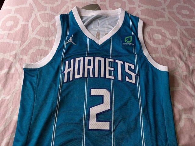 Camisa Charlotte hornets 20/21 Ball 2 - Foto 2