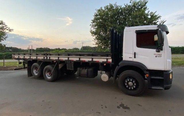 Vendo 17280 truck 6x2 ano 2015 - Foto 2