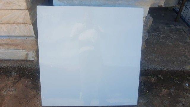 Palete metal 80x80