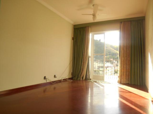 Rua Souza Franco, apto 02 dormitórios , dependência , varanda e vaga escriturada - Foto 2