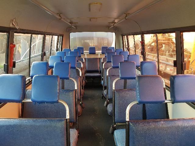 Micro Ônibus em Perfeito Estado de Conservação - Foto 3