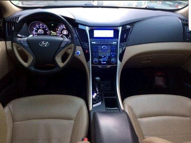 Hyundai Sonata Branco 2012/2013 Pego Caminhonete