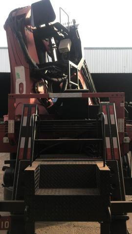 Caminhão Munck Traseiro 70 ton,Giro infinito - Foto 6