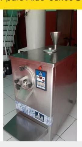 Máquina masseira de sorvete com Torre