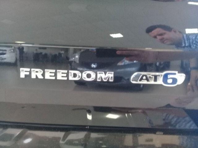 Toro Freedom 1.8 16V Flex Aut. Pneu novos lon - Foto 12
