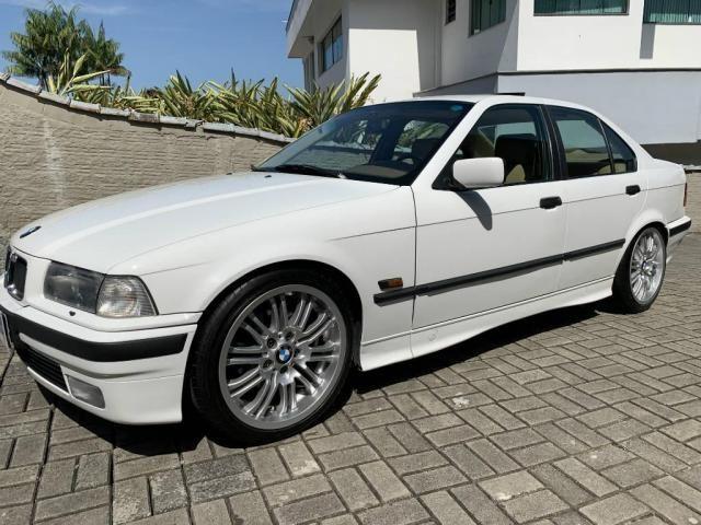 BMW 325 2.5 6cc Sedan Automático